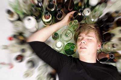 bugie-degli-adolescenti-alcol